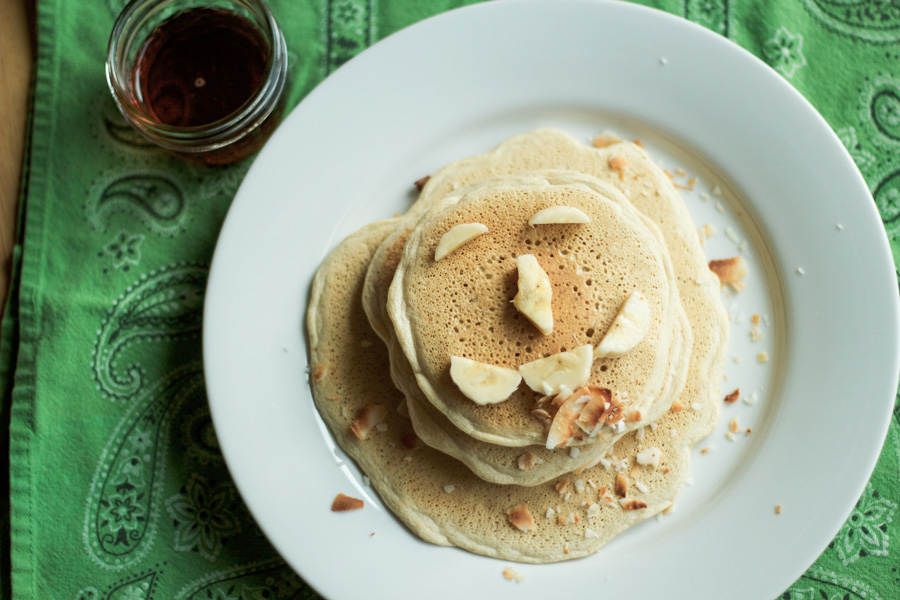 banana-coconut-stuffed-pancakes-3