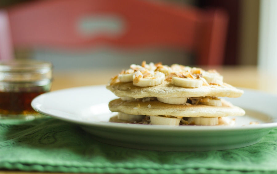 banana-coconut-stuffed-pancakes-4