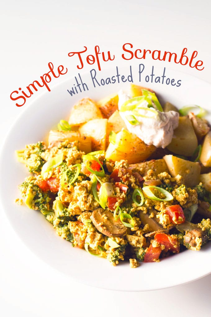Simple Tofu Scramble with Roasted Potatoes | https://passtheplants.com | #vegan #breakfastfordinner #tofuscramble #oilfree #veggies #nondairy