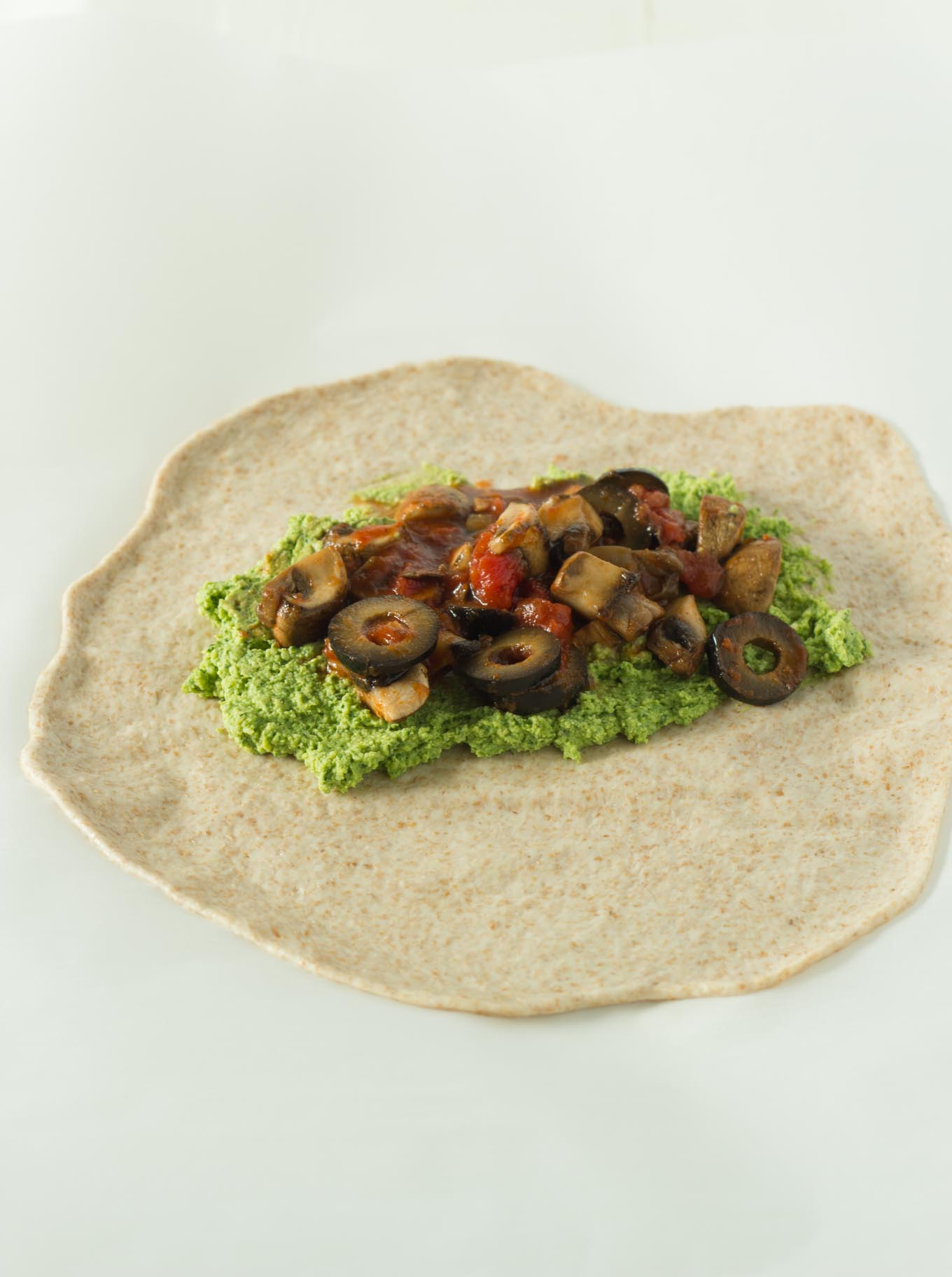 Vegan Calzones | https://eatwithinyourmeans.com/