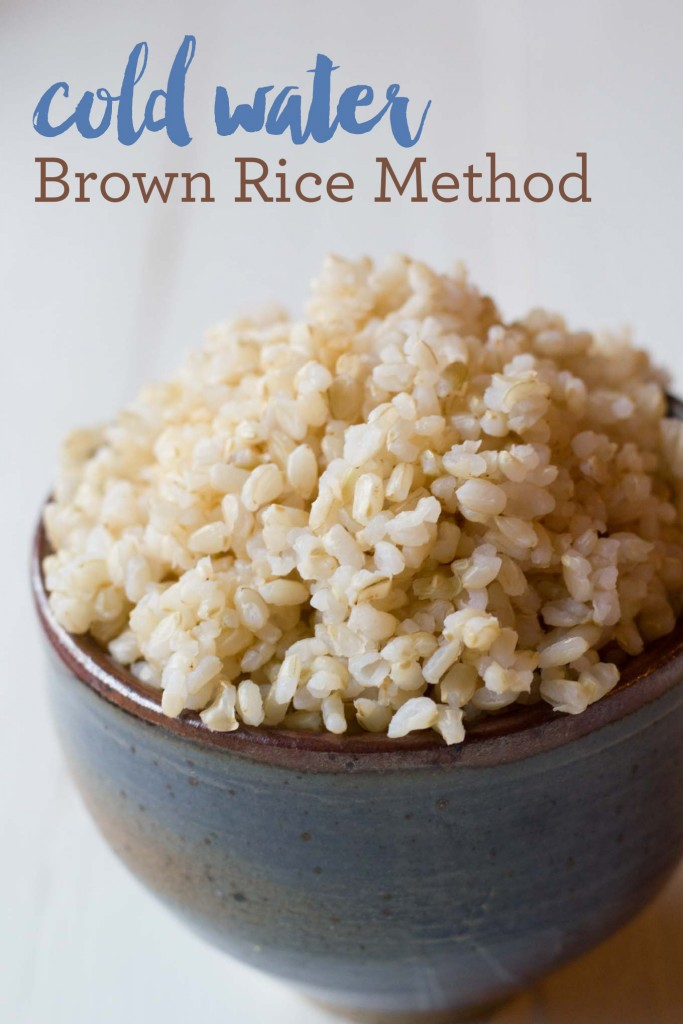 Cold Water Brown Rice Method | http://eatwithinyourmeans.com