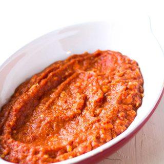 Protein-Packed-Zucchini-Roll-Ups-Marinara-Sauce-1