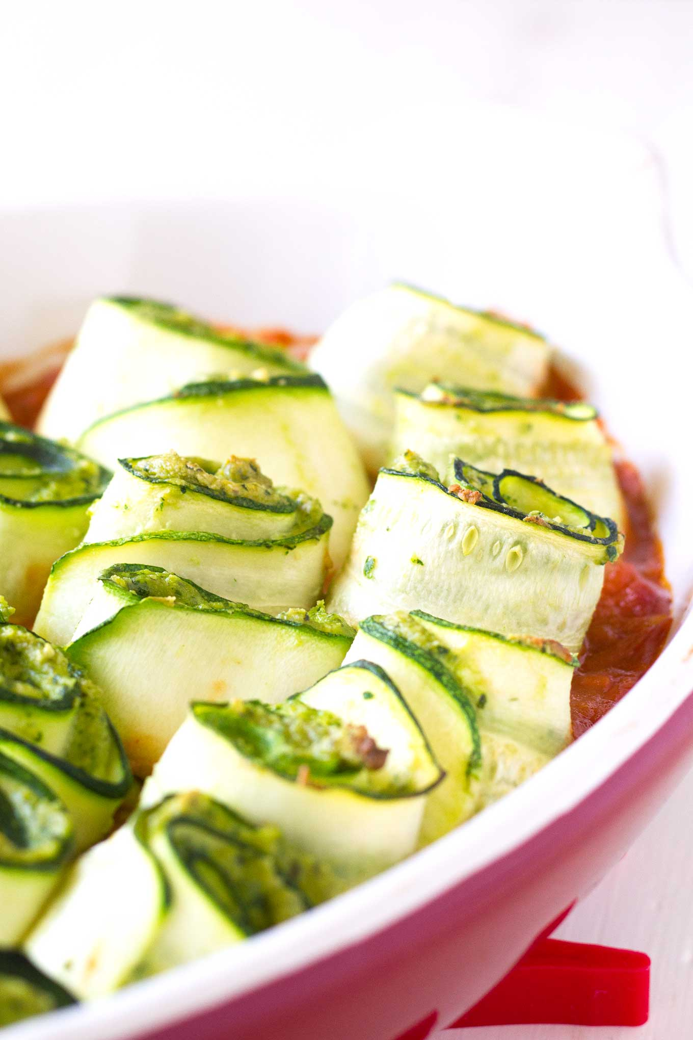 Protein-Packed Zucchini Roll-Ups | Vegan, Gluten-free | http://eatwithinyourmeans.com