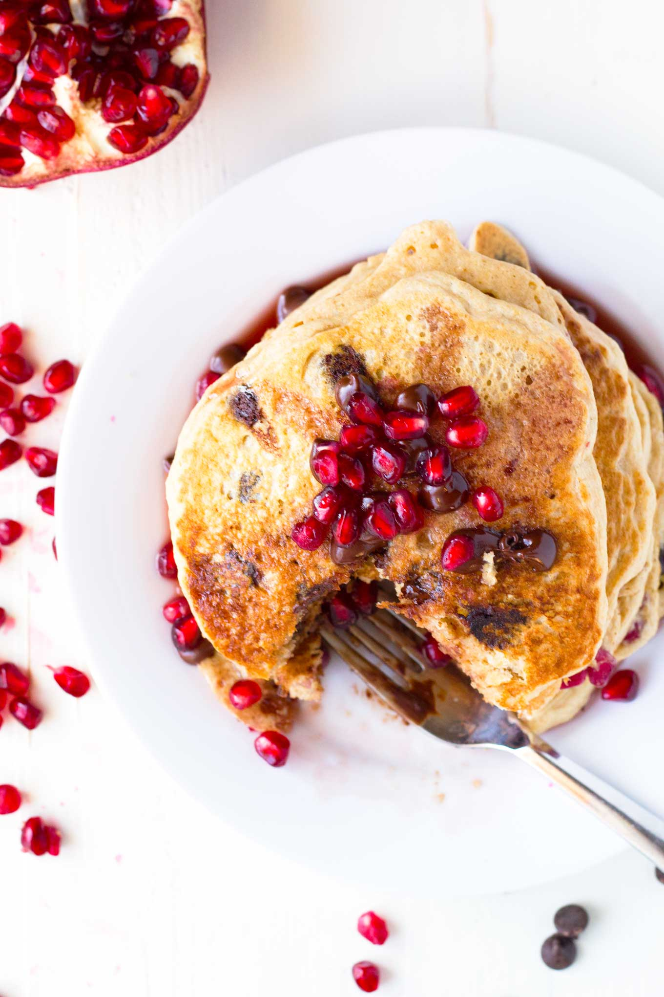 Pomegranate Chocolate Chip Pancakes with Pomegranate Syrup | Vegan, Oil-free, amazingly delicious! | http://eatwithinyourmeans.com