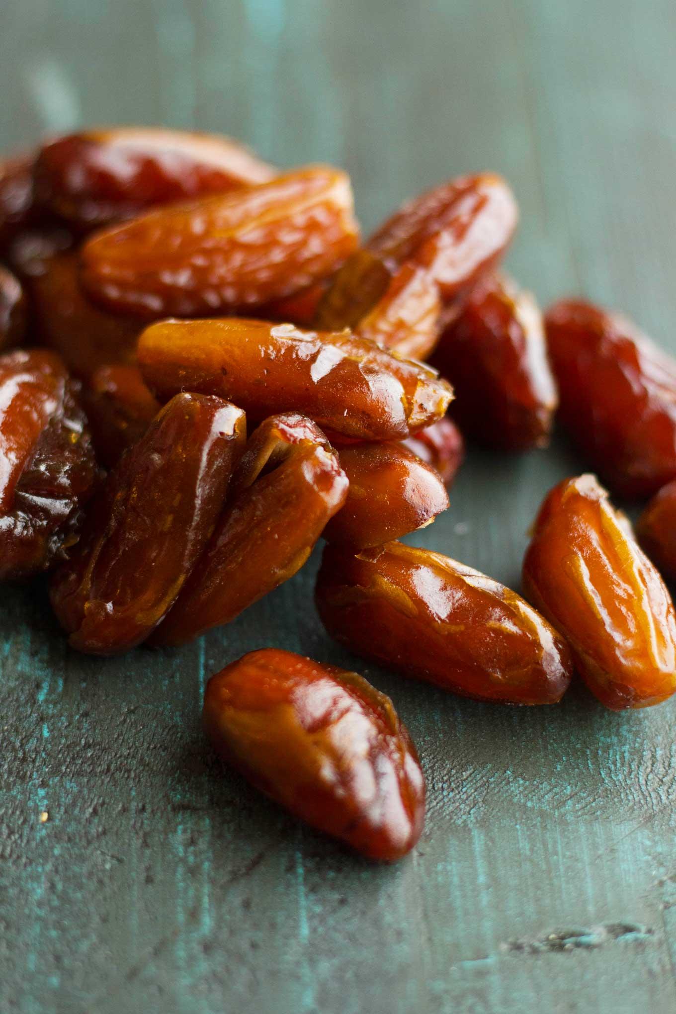 Date-Sweetened Teriyaki Sauce | Sugar-free | Vegan | Plant-based | Oil-Free | Gluten-Free | https://eatwithinyourmeans.com/