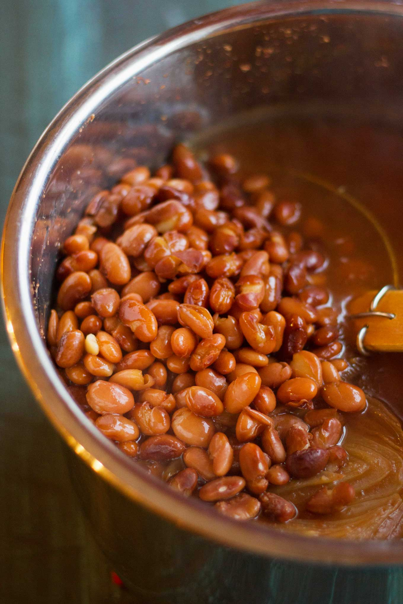 Instant Pot Mexican Pinto Beans (Vegan) | Plant-based | Beans | https://passtheplants.com/